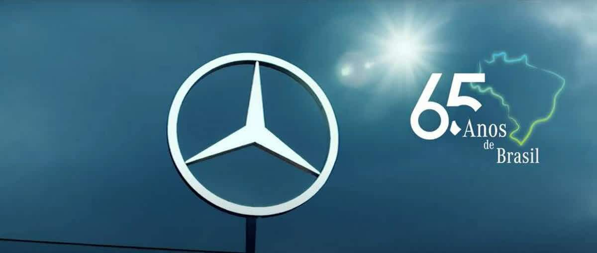 Mercedes-Benz completa 65 anos no Brasil e homenageia todos que fazem a estrela de três pontas brilhar