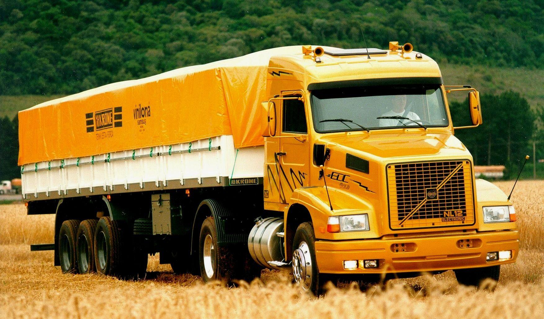 Grandes brasileiros: Volvo NL, bicudo com engenharia brasileira