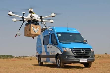 Mercedes-Benz Sprinter é transformada em base operacional para pousos e decolagens de drones